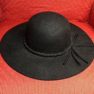 Black felt floppy hat 100% wool OS